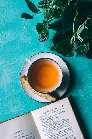 witte thee drinken